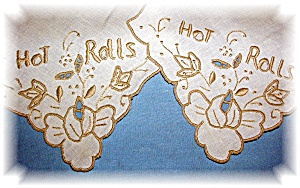 PAIR  OF HOT ROLLS LINENS embroidery (Image1)