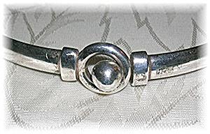 Sterling Silver Bangle Bracelet. (Image1)
