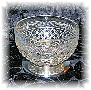 PRESSED GLASS BOWL WITH SILVER PLATE BASE (Image1)