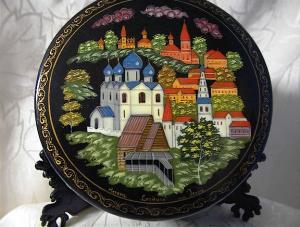 Laquer Box Black Handpainted Russian Scene (Image1)