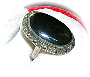 Vintage Sterling Silver Onyx & Marquisite Ring . . . . (Image1)