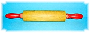 VINTAGE ROLLING PIN WITH RED HANDELS (Image1)