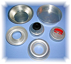 MISC ALUMINUM COOKIE CUTTER, DONUT TINS (Image1)