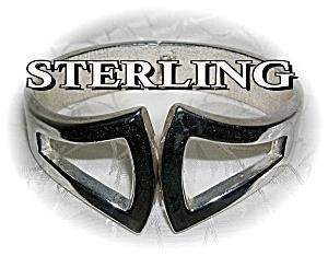 Sterling Silver Clamper Bracelet (Image1)