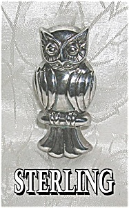 Older Sterling Silver OWL Brooch (Image1)