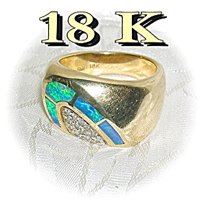 18k Yellow Gold Diamonds & Opal Ring