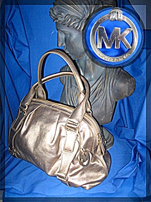 Bag Michael Kors Gold Leather Zip Top