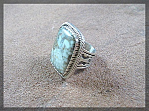 Carico Lake Green Turquoise Sterling Silver Ring