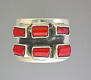 EX EX Coral Sterling Silver Claudia Aguadelio 925 Ring (Image1)