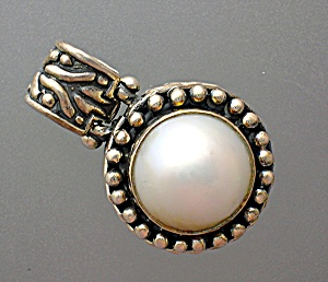 Sterling Silver Mabe Pearl hinged pendant (Image1)