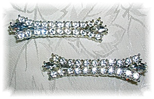 PAIR OF RHINESTONE CLIP HAIR BARRET'S........ (Image1)