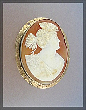 14K Gold Shell Cameo Brooch (Image1)