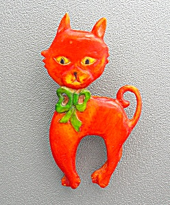 Bakelite Orange 50s Cat brooch Green Bow (Image1)