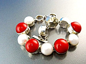 Coral Freshwater Pearl Sterling Silver Toggle Bracelet (Image1)