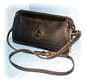 BLACK LEATHER DOONEY and BOURKE HANDBAG.... (Image1)