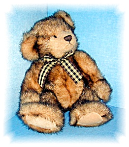 16 INCH RUSS BERRIE MADISON TEDDY BEAR.... (Image1)