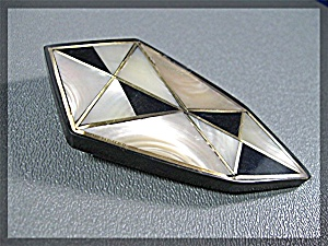 Brooch Black Plastic Lucite Mother Pearl Onyx Brass Inl (Image1)
