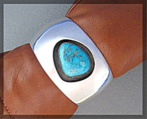 Sterling Silver Turquoise Signed RIVERAS Cuff (Image1)