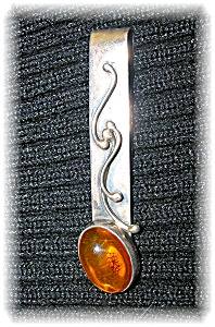 Sterling Silver Amber Signed ZN Money  Clip Pendant (Image1)