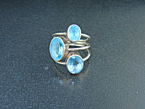Sterling Silver 3 Blue Topaz Ring  (Image1)