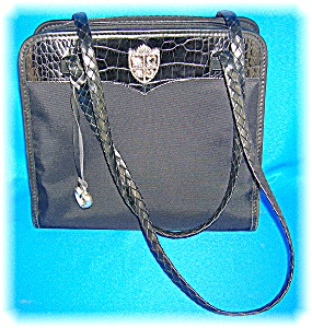 HAND BAG PURSE BRIGHTON  WITH HEART FOB (Image1)