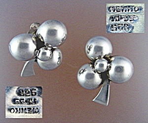Sterling Silver Mexico 1-H 35 Ball Flower Clip Earrings (Image1)