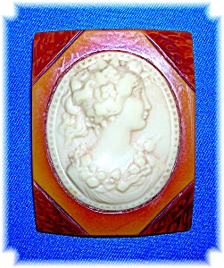 Large Bakelite and Lucite Cameo Brooch Pin (Image1)