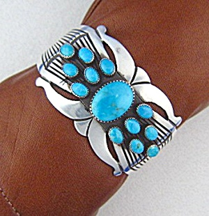 Native American MARTINEZ Sterling Silver Turquoise Cuff (Image1)