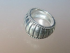 Sterling Silver Ribbed Dome Ring (Image1)