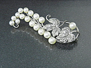 Sterling Silver Cultured Pearls Brooch