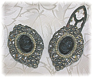 Silver Back Lucite Cameo Dredss/Shoe Clips (Image1)
