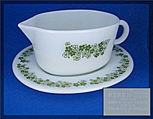 PYREX gravey boat and saucer crazy daisey (Image1)