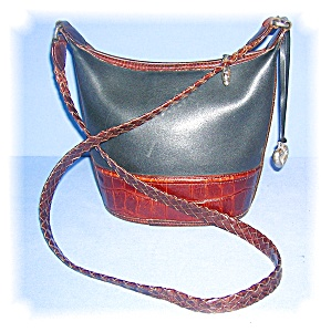 SMALL BLACK AND TAN BRIGHTON SHOULDER BAG.... (Image1)