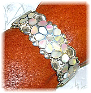 Native American Mother Of Pearl Signed Flower Cuff (Image1)