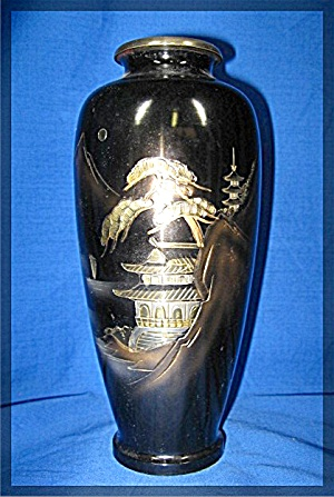 Oriental Vase, carved metal (Image1)