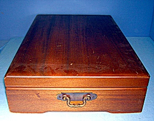 Wooden Silver  Silk Lined Storage Box (Image1)