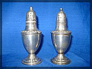 Sterling Salt and Pepper set  - La Pierre Sterling #24 (Image1)