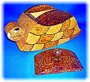 Tramp or Prison ArtTurtle Box - handmade  (Image1)