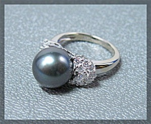 Ring 14 K White Gold Diamond 10mm Tahitian Pearl