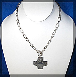 Sterling Silver Toggle Clasp Necklace With Cross J (Image1)