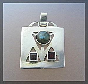 Sterling Silver Garnet Opal Like Pendant (Image1)