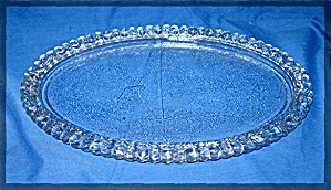 Glass oval serving tray (Image1)