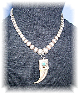 Wonderful Hand Made American Indian Necklace.