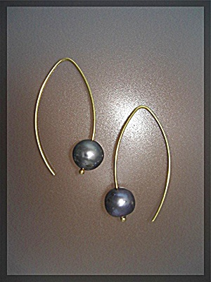 Earrings Gold Wire 10mm Grey Pearl Pierced  (Image1)