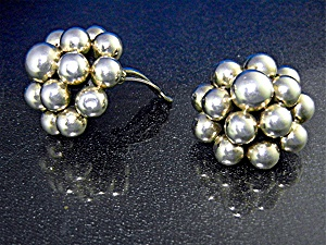 Zina Beverly Hills Sterling Silver Balls Clip Earrings (Image1)