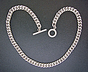 Sterling Silver Curb Link Tooggle Clasp Necklace (Image1)