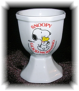 WHITE CHINA SNOOPY GOOD MORNING EGG CUP.... (Image1)