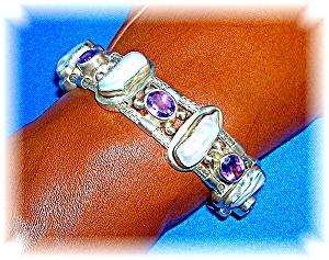 Sterling Silver Amethyst Freshwater pearl bracelet (Image1)