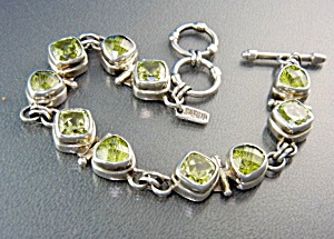 Sterling Silver Peridot Toggle Clasp Bracelet (Image1)