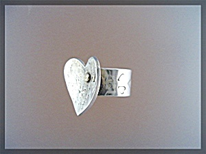 Ring Sterling Silver Gold Accent Heart Kim Knifechief